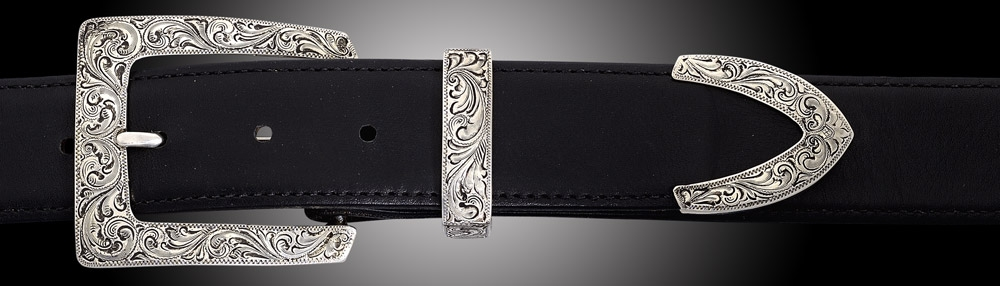 EF67A Santa Fe, Fine Engraved, 3 piece buckle set on Black Spanish Calf